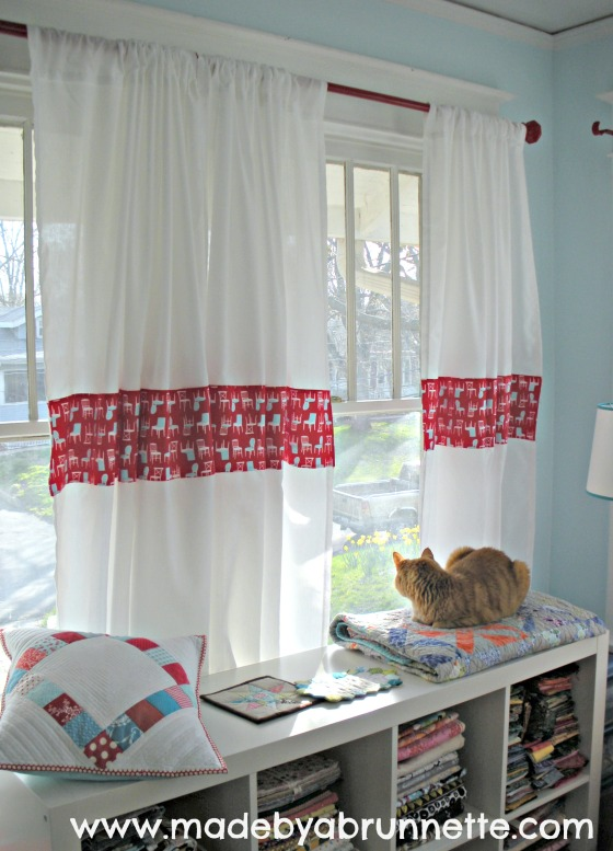 Maggy on sewing Quilting Studio windowseat for cats