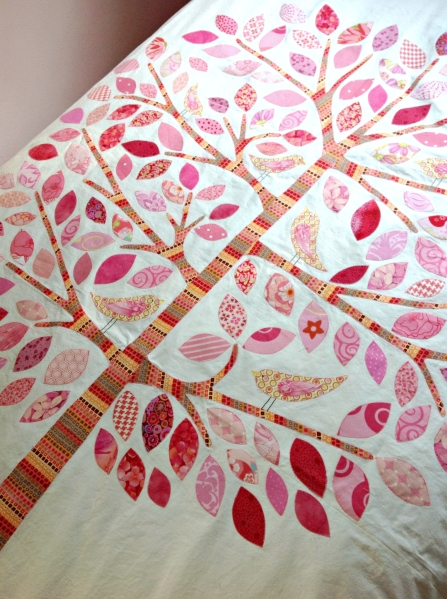 Lilly Pilly Tree Applique